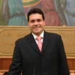 Douglas Campos